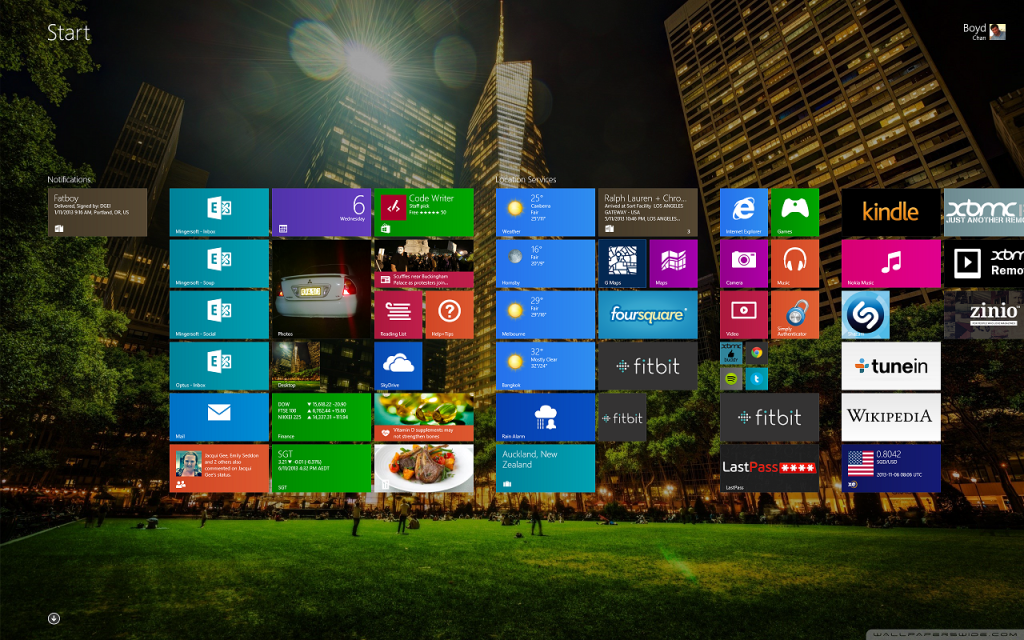 Squished Windows 8.1 Start Screen Tiles (Small)