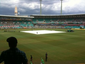 SCG Cricket @ 20100212 (Raining)